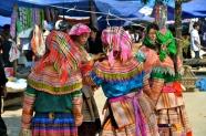 Flower Hmong women at Bac Ha Sunday market