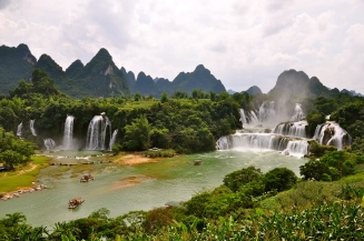 Ban Gioc and Detian Waterfall