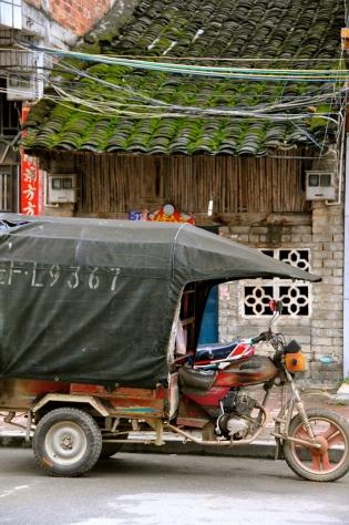 San lun che - three wheel taxi in Daxin