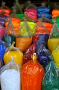 Paint pigment vender