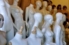 Mannequin store