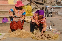 Flower Hmong women at Bac Ha Sunday market