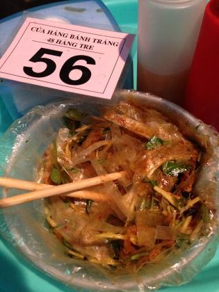 Banh Trang Tron: rice paper salad