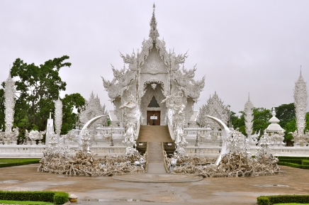 Wat Rong Khun - the White Temple