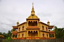 Golden octagonal wat