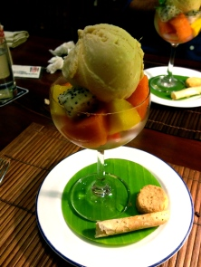 Fruit salad with ginger ice cream at L'Elephant
